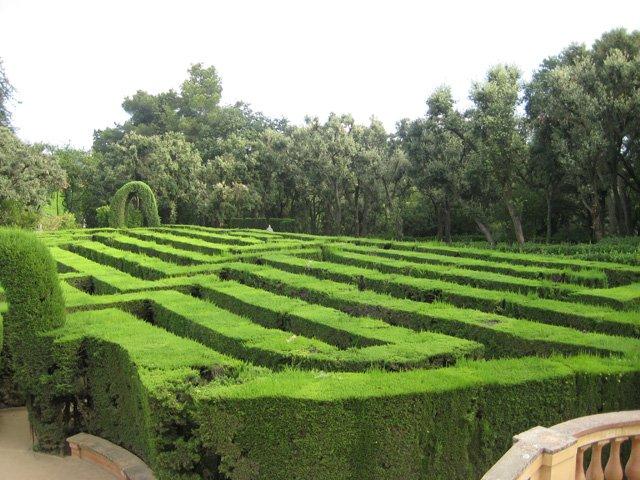 лабиринт в средневековых церквях. Сады-лабиринты