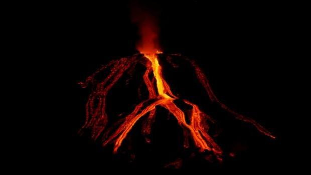Ла Пальма - извержение вулкана длится уже месяц