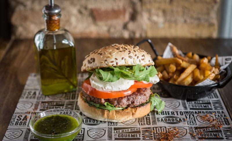 El Club de la Hamburguesa, вкусные гамбургеры в центре Барселоны