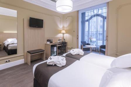 Hotel Serhs Rivoli Rambla (4*) - лучшие отели на бульваре Рамбла в Барселоне