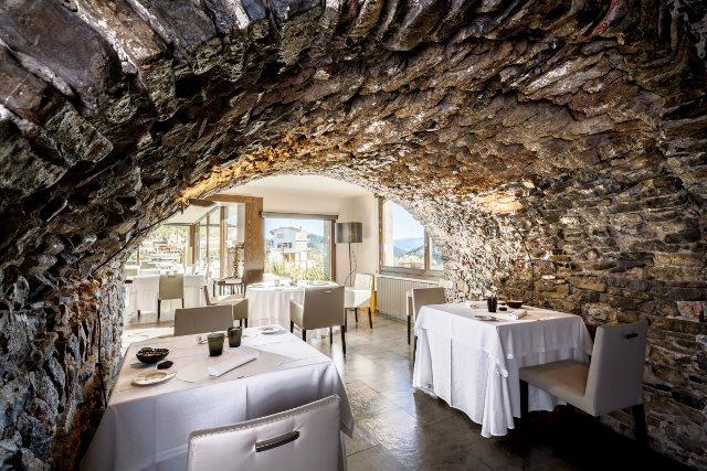 La Fonda Xesc - рестораны Каталонии со звездой Мишлен