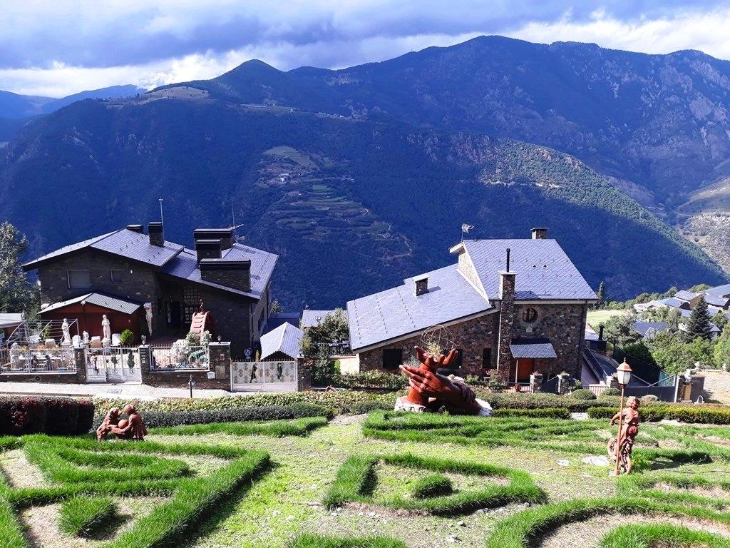 Сады Juberri - достопримечательности Андорры