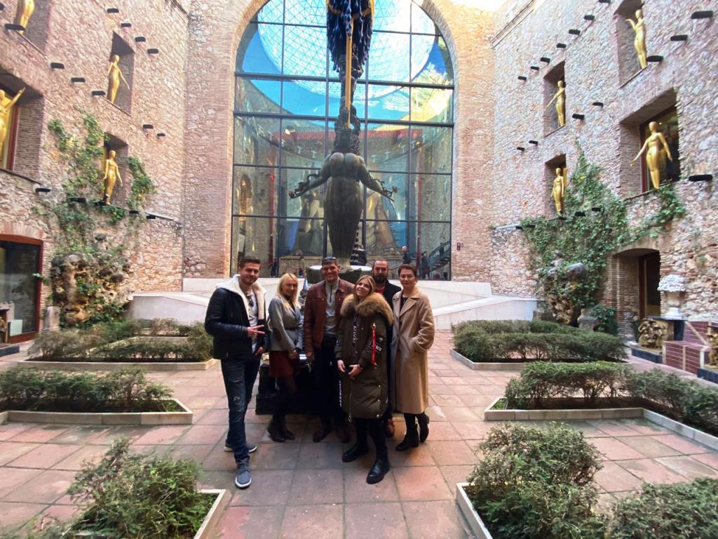 С 27 марта будут открыты музеи Дали