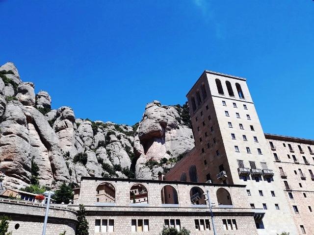 Монсеррат и винные погреба - экскурсия из Барселоны