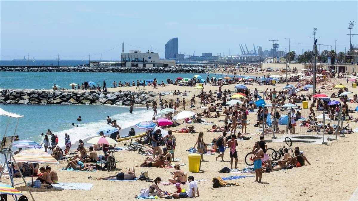 Испания запустит систему ковид-паспортов в июне