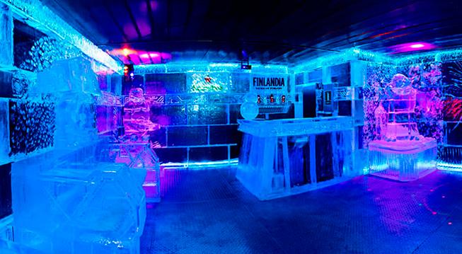 Ice Barcelona - ледяной бар на пляже Барселоны