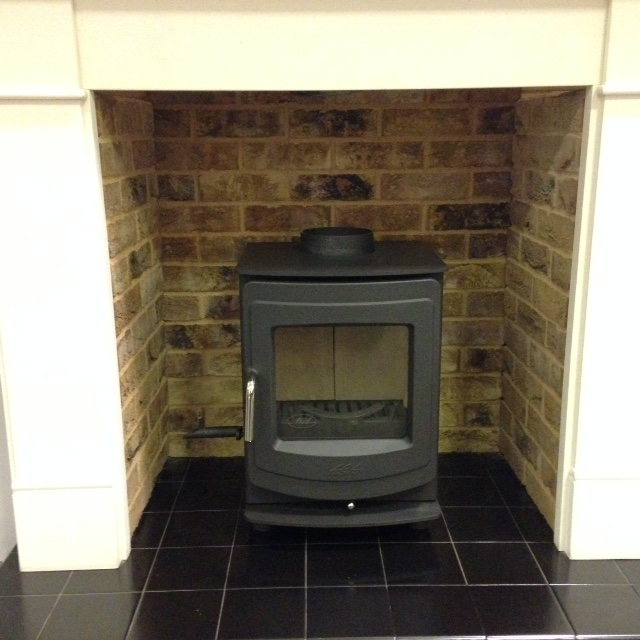 Standard size fireplace chamber in London Weathered Yellow