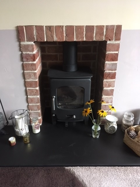 Old Fulford fireplace chamber with side returns and half brick header