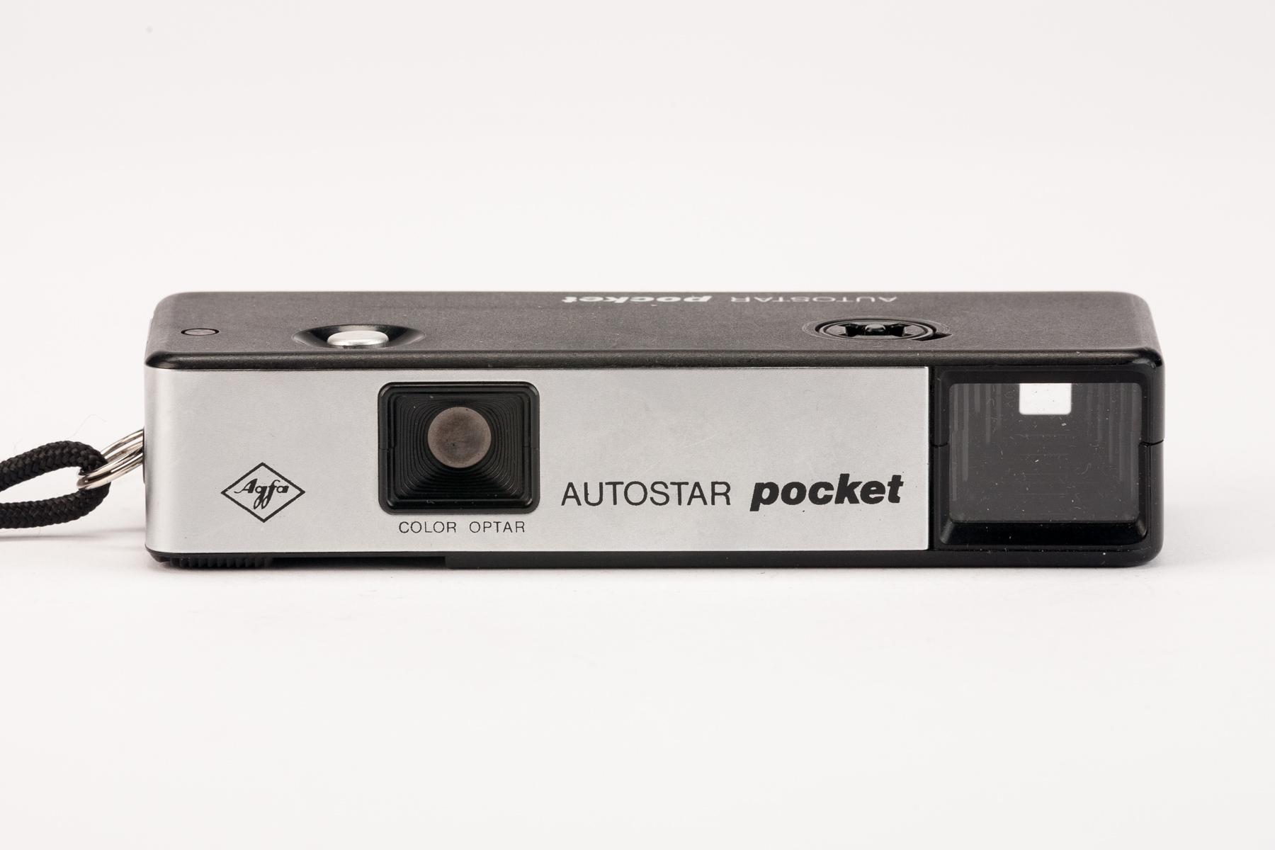 Meine erste eigene Kamera 😀 Eine Pocket Kamera von Agfa. So handlich wie heute ein Handy.