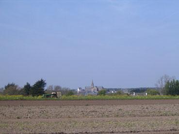 Une église visible de très loin.