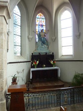 L'autel et la chapelle Notre Dame de Grâce