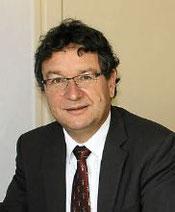 Michel Canévet (Maire de Plonéour-Lanvern,  sénateur du Finistère, ancien enseignant à Kerustum-Quimper,  ancien élève du Likès-Quimper)
