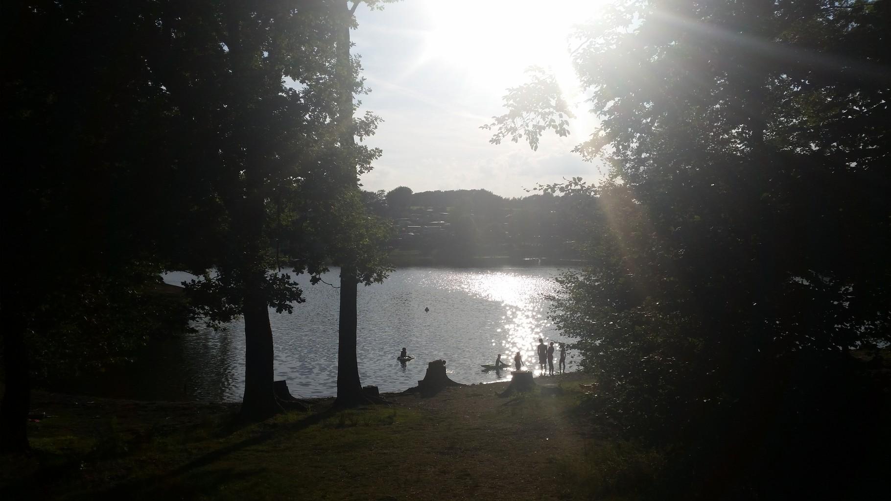 Der Ausblick und die Stimmung war genial und das Wasser ein willkommener Anblick, die Temperaturen haben einen echt zum schmilzen gebracht.