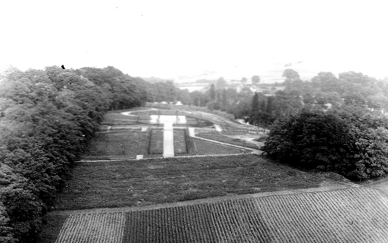 Friedhof Planitz l Blick auf Kreuzplatz um 1940