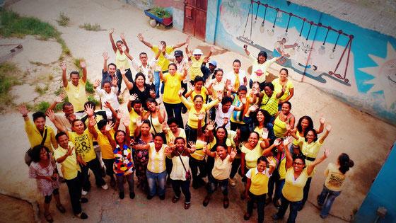Antananarivo. Equipe de l'association KOZAMA, partenaire éveil de la petite enfance et éducation
