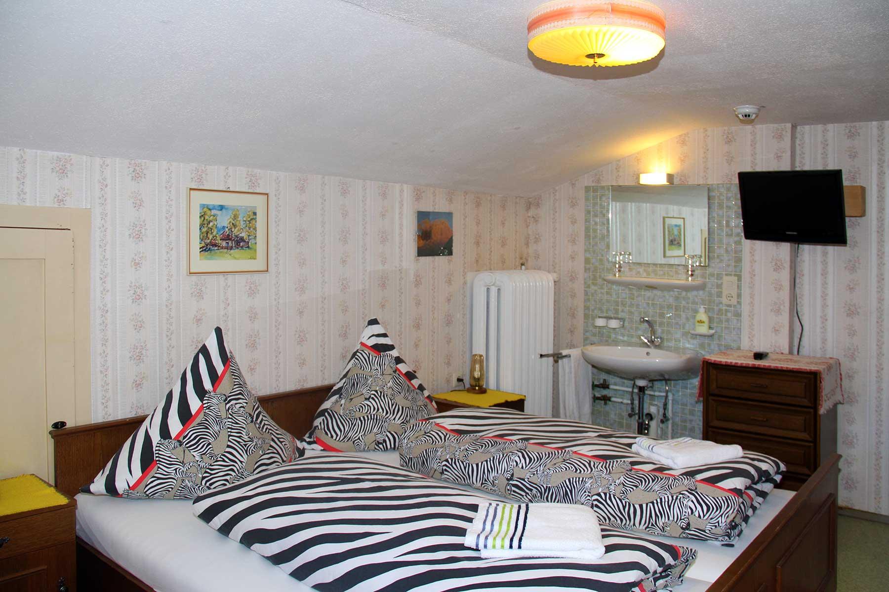 Berggasthof Bühlalpe, Kleinwalsertal – Doppel- und Einzelzimmer für 6 bis 16 Personen