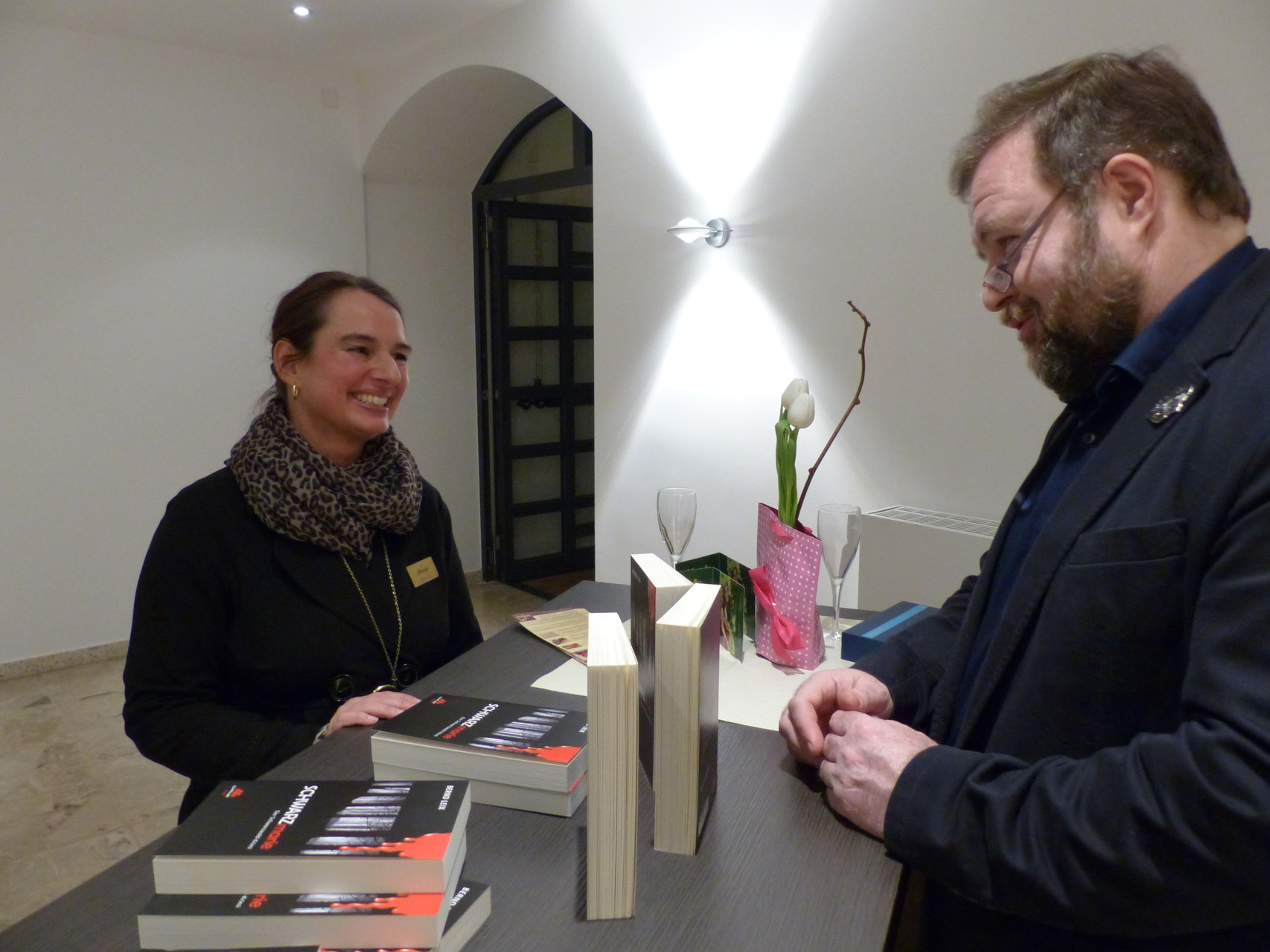 Nicole Kist von den AFFENTALER-Winzer im Gespräch mit Herrn Bernd Leix