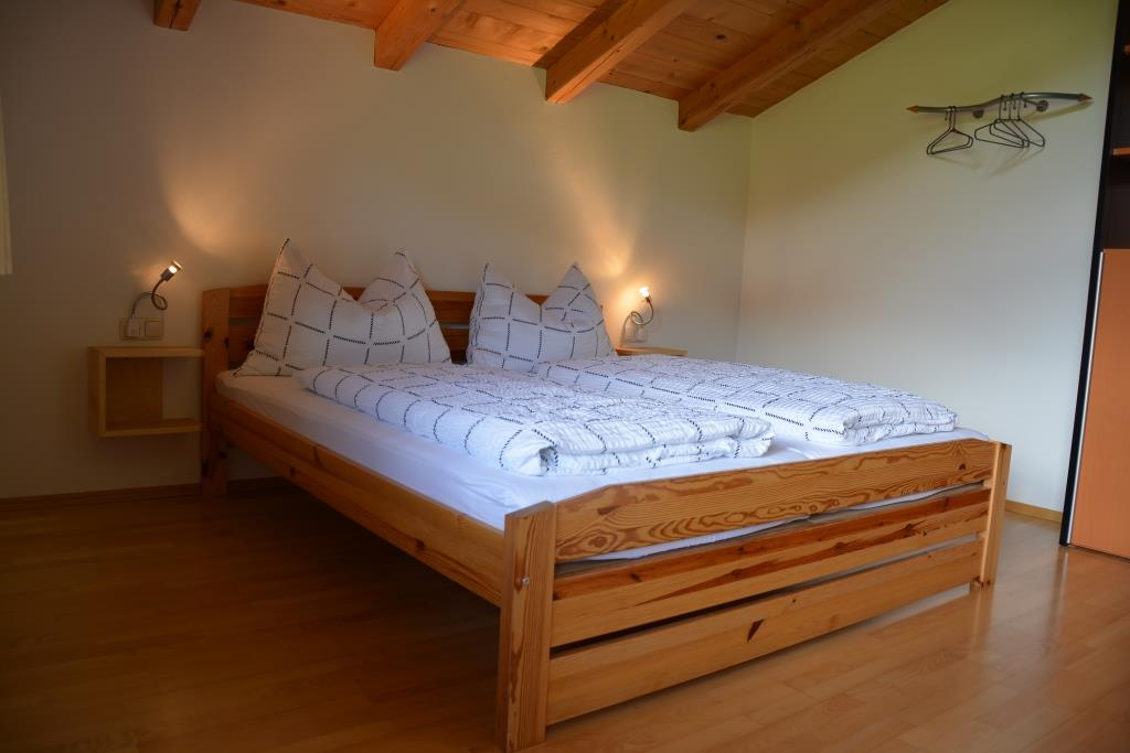 Schlafzimmer App. 4