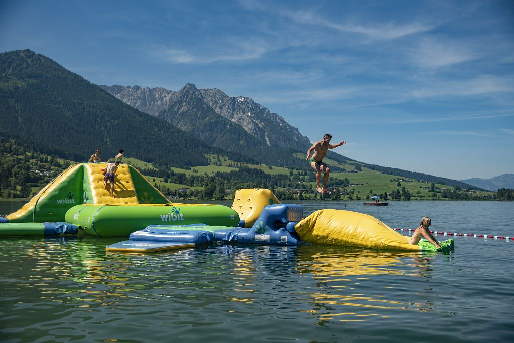 Water Funpark im See