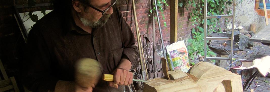 Umfangreicher Überblick über das Schaffen des Malers un Bildhauers Ibrahim Alawad auf der Aachener Kunstroute 2015.