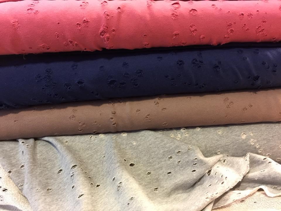 destroyed sweat kevin einzig n artig das stoffl dchen auf dem alten markt in hachenburg. Black Bedroom Furniture Sets. Home Design Ideas