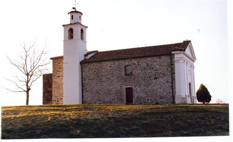 La chiesa dopo il restauro del 1995.