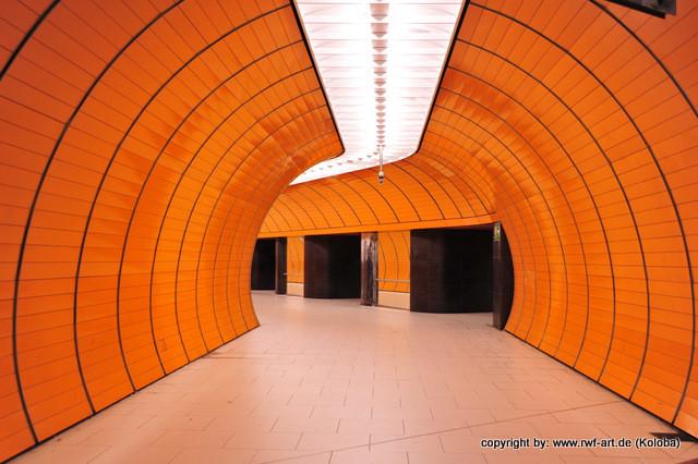"""U-bahn in München """"Ameisentunnel"""""""