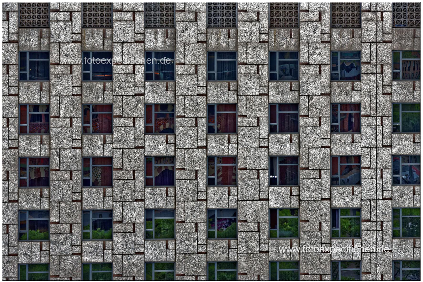 """""""Gestaltung und Kreation"""", Hausfassade Barcelona"""