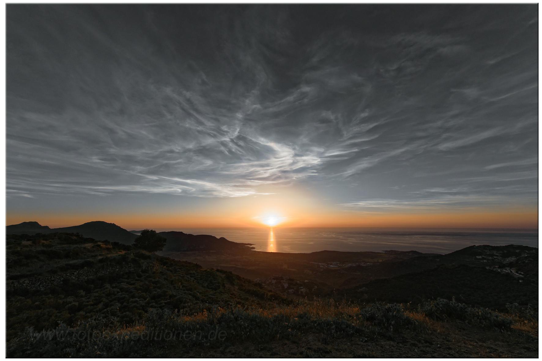 Sonnenuntergang an der Bucht von Algajola, Korsika