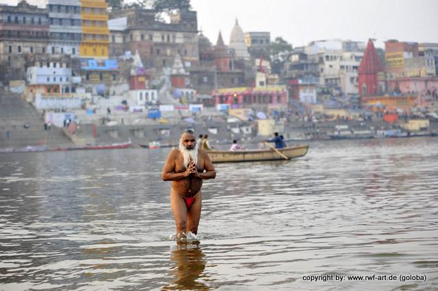 Pilger im Ganges, Varanasi
