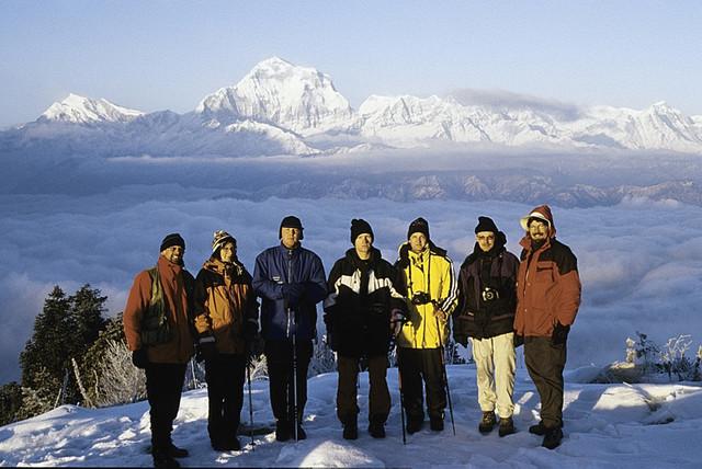 Trekkingtour in Nepal, im Hintergrund der Daulaghiri