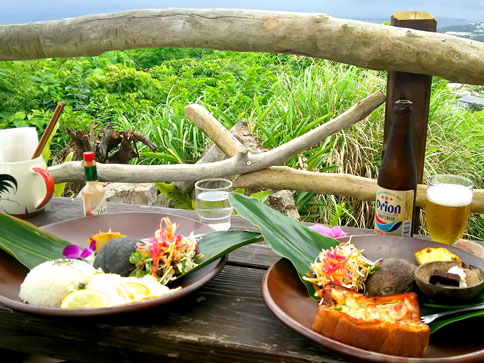 潮風をつまみにオリオンビール! / 2016.5 沖縄