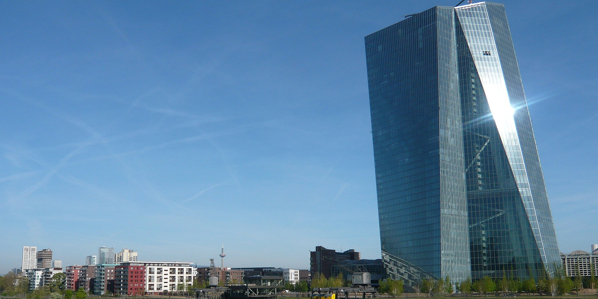 Neubau Mehrfamilienhaus – Frankfurt Osthafen, Frick.Reichert Architekten