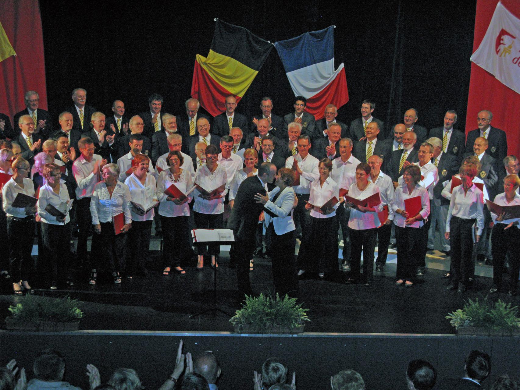 2011 -  Liège - Concert : les chefs de choeur se font la bise !