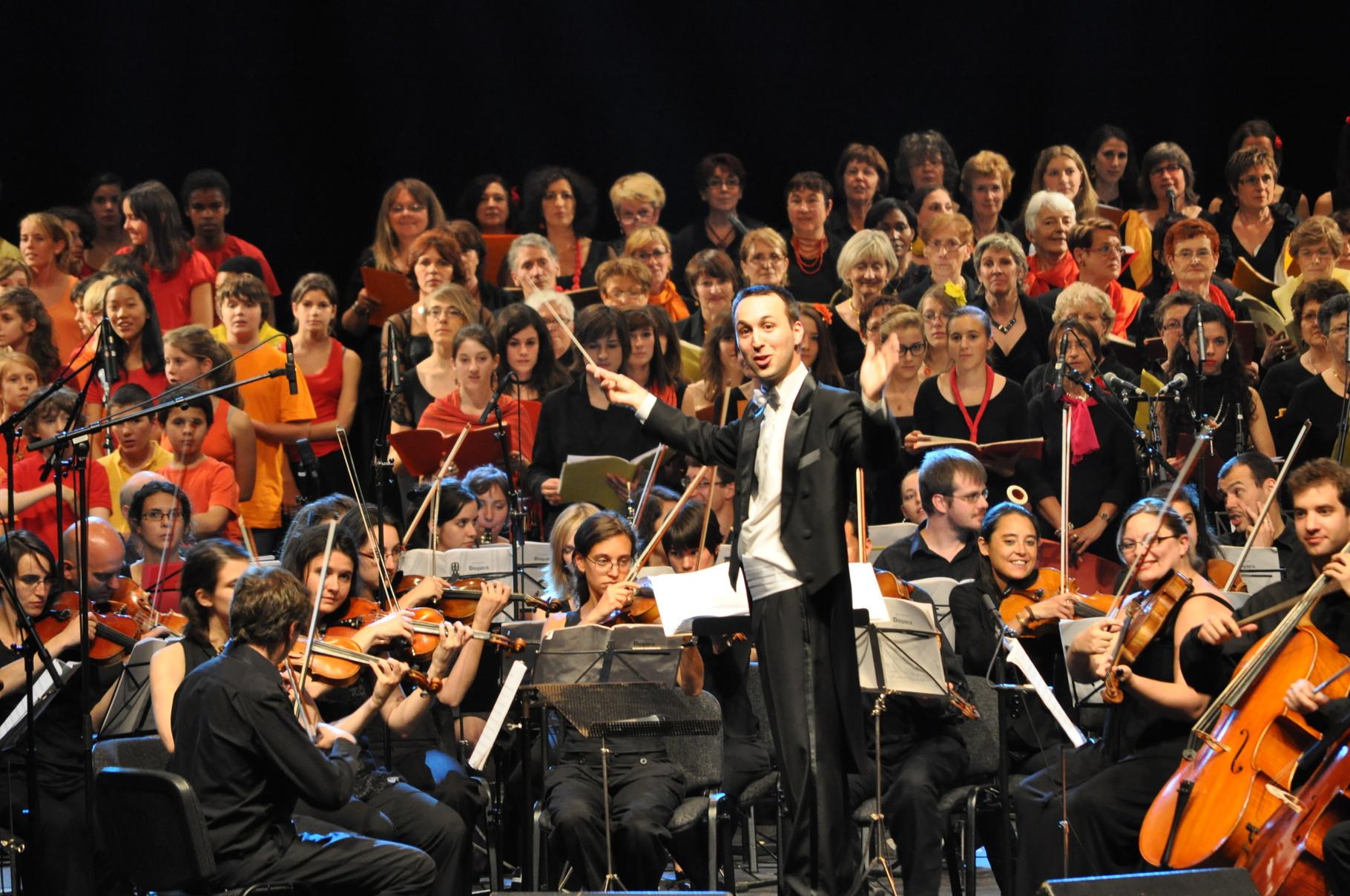 2011 - Dogora, au Zenith d'Auvergne
