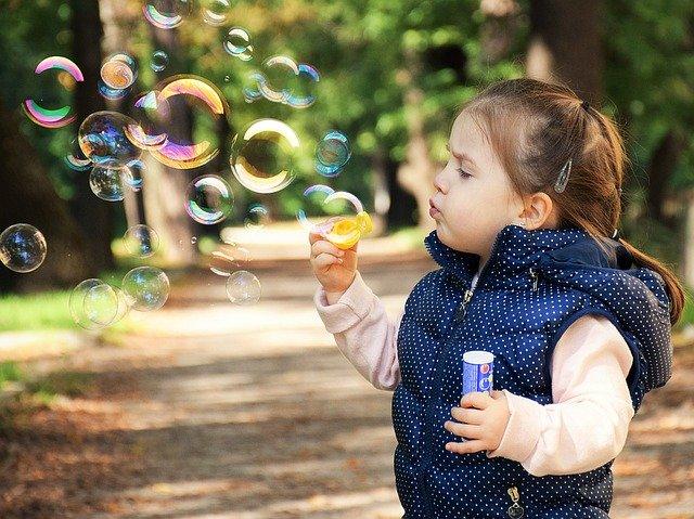 Positive Affirmationen, für Kinder - wie sie helfen, Selbstvertrauen aufzubauen, Selbstvertrauen stärken, Selbstbewusstsein stärken