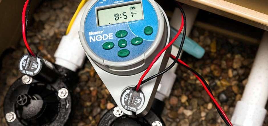 Professionelle Steuergeräte gibt es für jeden Einsatzort in Bewässerungsanlagen