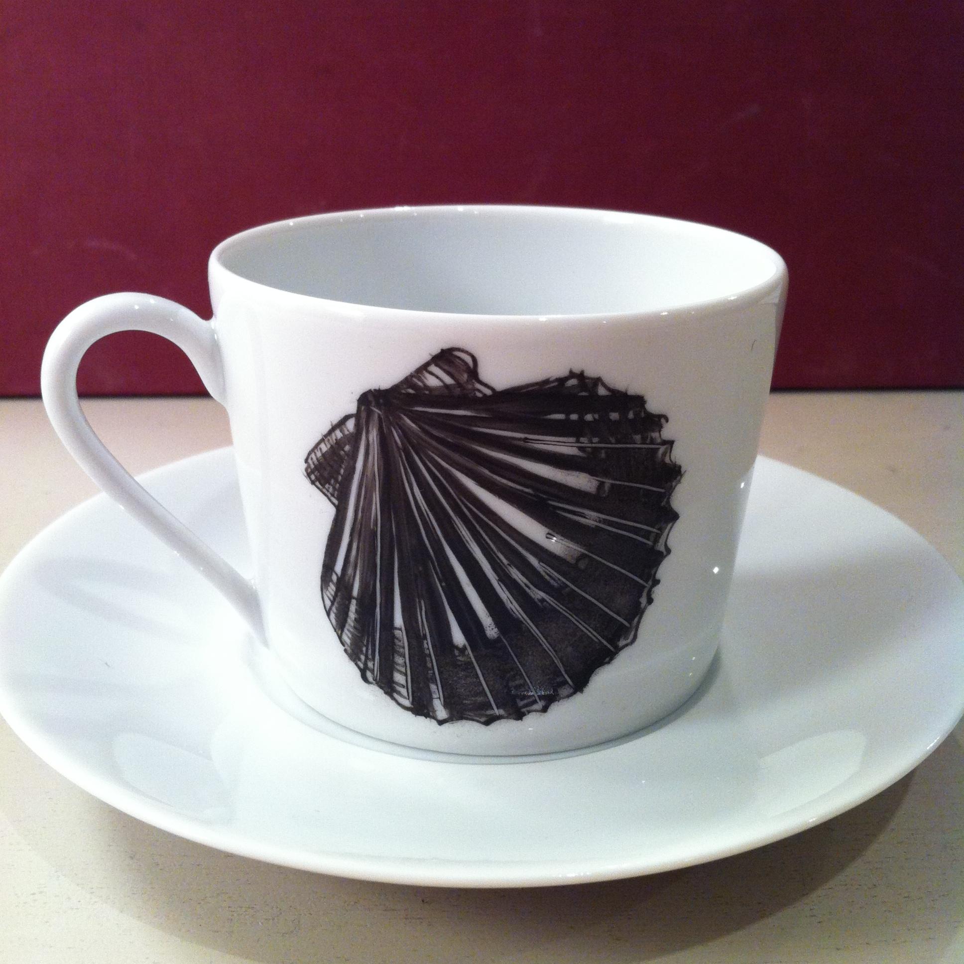 Tasse à café H 6 cm avec soucoupe