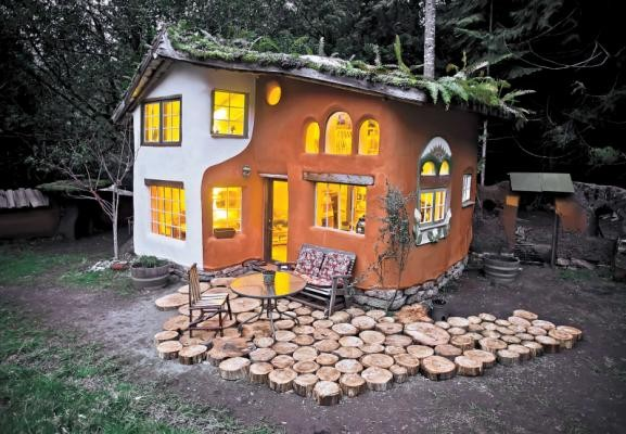 Laughing House of Cob Cottage Company