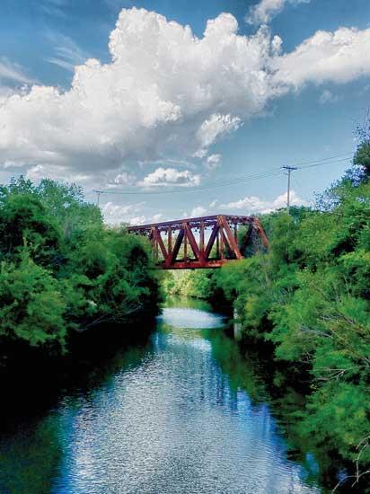 ユニオン・パシフィック鉄道の古い橋。イリノイ州エバンストン。