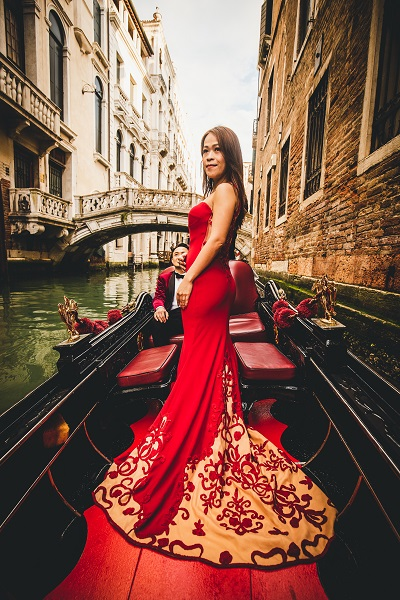 Venice Gondola Photoshoot