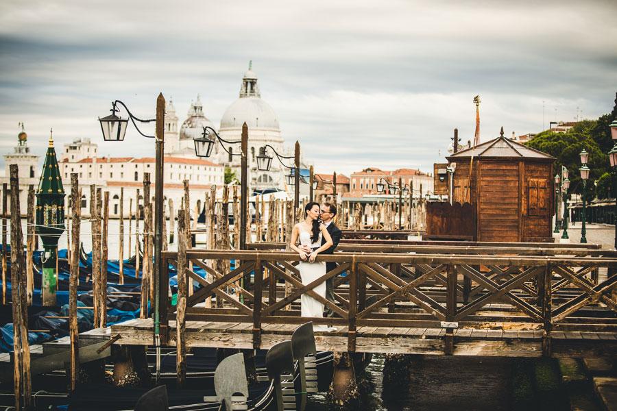 Venice-Pre-Wedding-Photographer