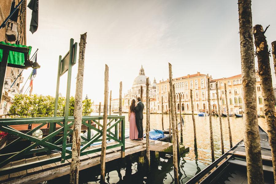 Venice Honeymoon Photo Shoot