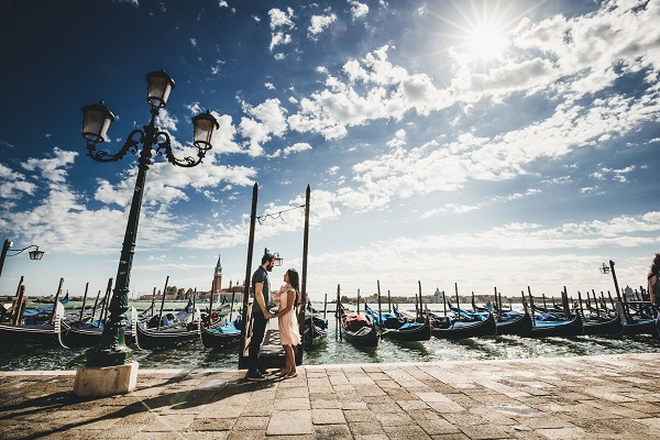 photographer engagement venice