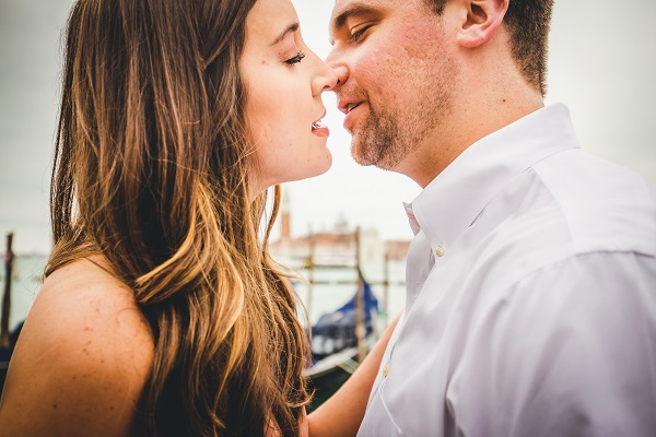 engagement in venice photographer