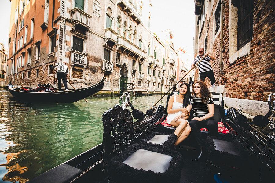 Gay-Couple-Photo-Shoot-Venice