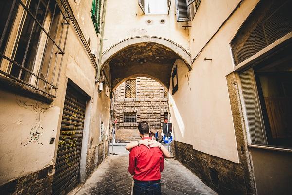 photographer tuscany engagement