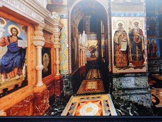 Innenansicht der Blutkirche bei einer Stadtführung in Sankt Petersburg auf deutsch