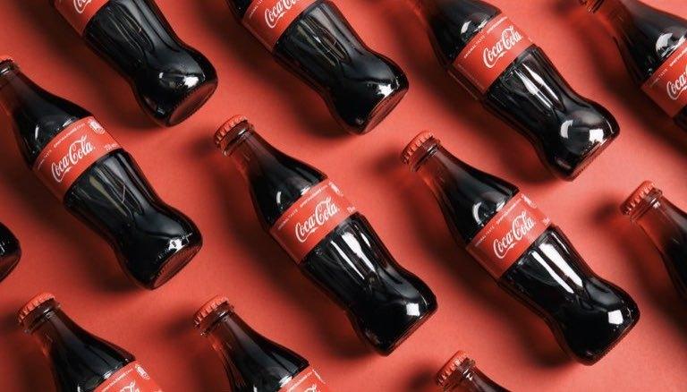 コカ・コーラギフト券はペットボトル&缶に関係なくお買取致します!