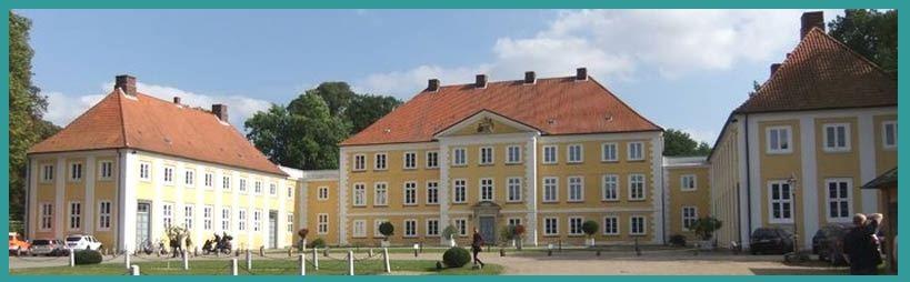 Schloss Wotersen Spitz Nothilfe Stand